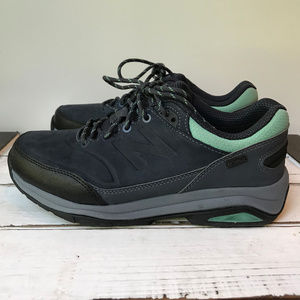Women's New Balance 1300 Water Proof Trail Shoes